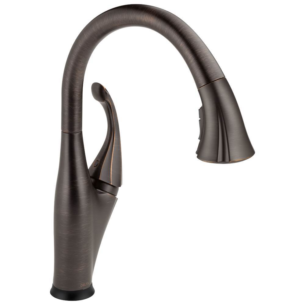 Delta Faucet Addison: Single Handle Pull-Down Kitchen Faucet with Touch2O® and ShieldSpray® Technologies
